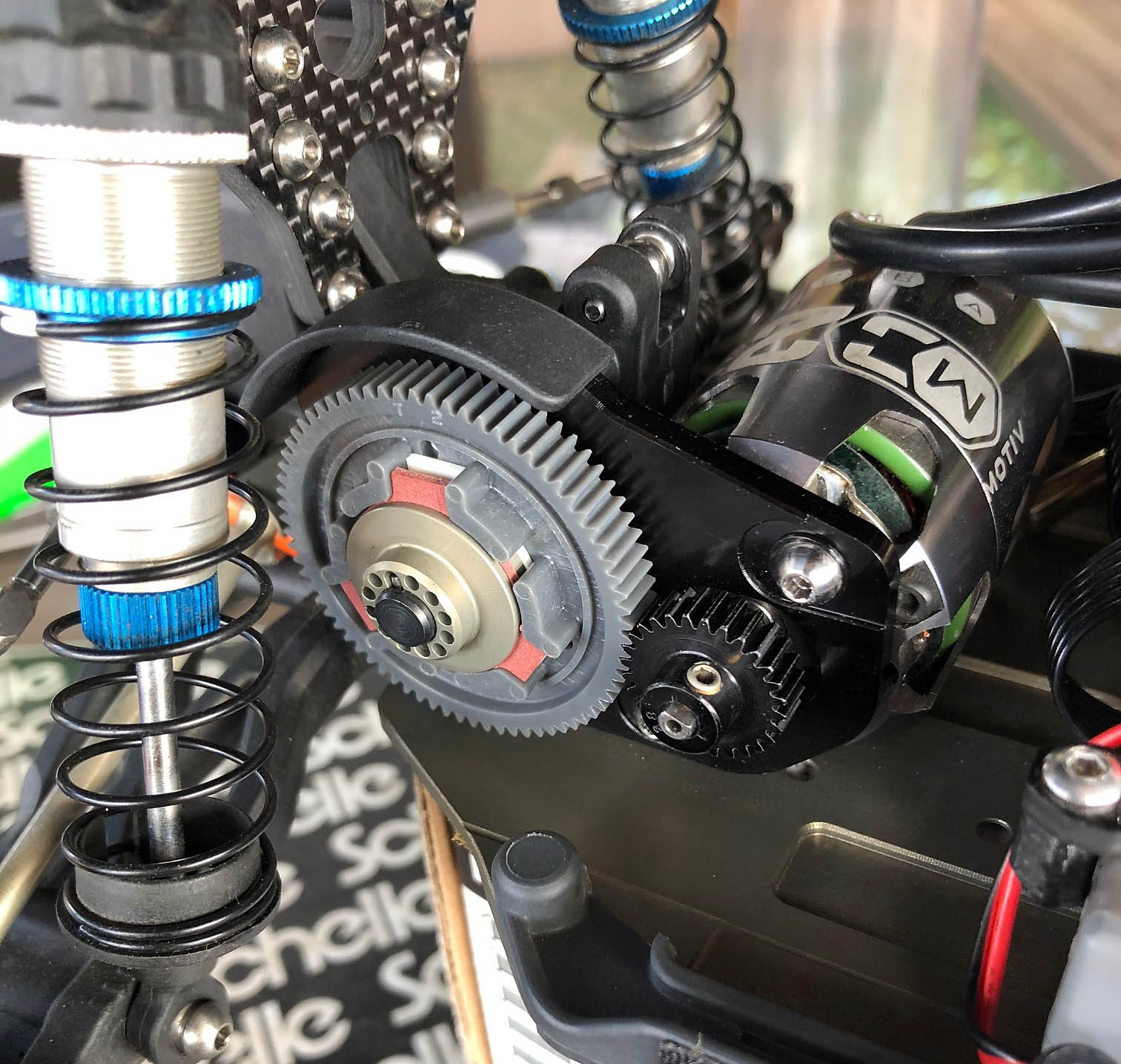 Team Associated B6//B6.1 Gear Cover 4-Gear AS91711